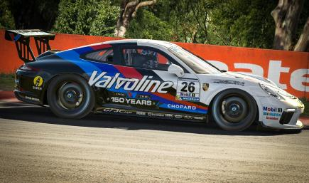 Valvoline Porsche 911 Cup